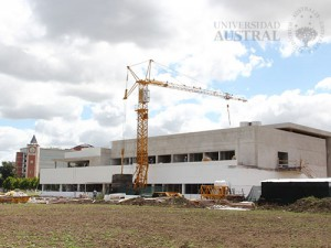 Universidad-Austral-UA-01-campus-pilar-edificio
