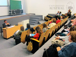 Universidad-Austral-Instituto-Ciencias-Familia-jornada-ancianidad